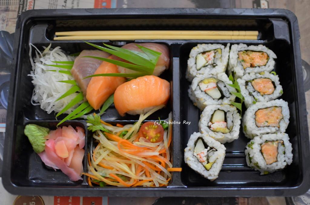 Shiro Bento Box